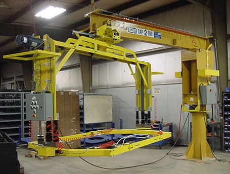 the hydraulic engine lifting device A hydraulic lift typically uses hydraulic cylinders to either raise or lower platforms for work, or other lifting devices hydraulic lifts are ideally used for support, as well as lift and move heavy to very heavy, and large objects at the same time providing a safe environment that is ergonomically useful.